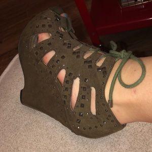 Gianni Bini Shoes - Army/sage green Gianni Bini heels